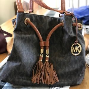 Barely used large Michael Kors's purse